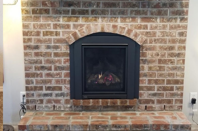 Gas Insert with Brick Surround